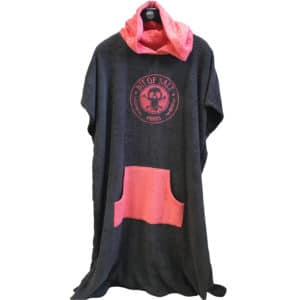 BIT OF SALT PONCHO charcoal - coral